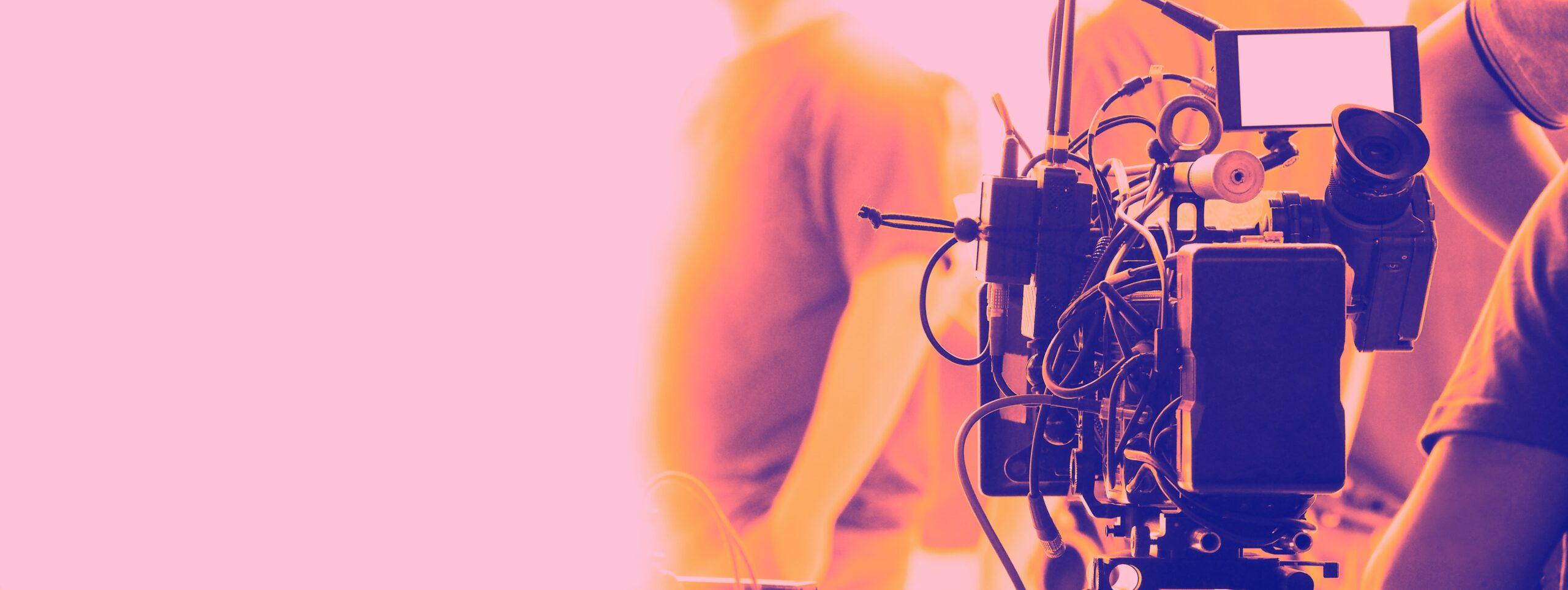 commercial cinematographer filmmaking set crew fil zlj6gcw min